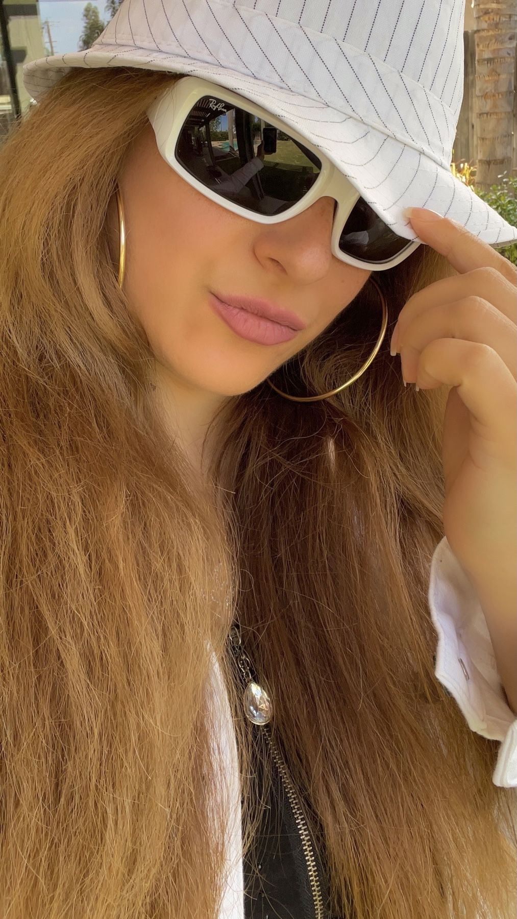 Ray-Ban Rb4335 Rectangular white Sunglasses
